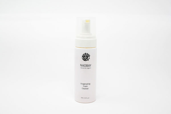 Oxygenating foam cleanser